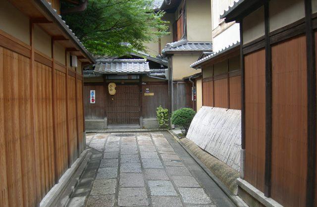 石塀小路16.JPG