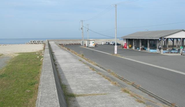 尾崎漁港01.JPG