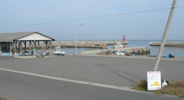 尾崎漁港02.JPG