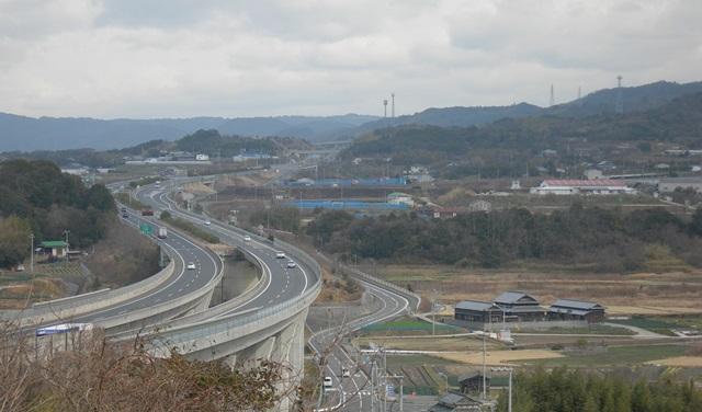 神戸淡路鳴門自動車道3.jpg