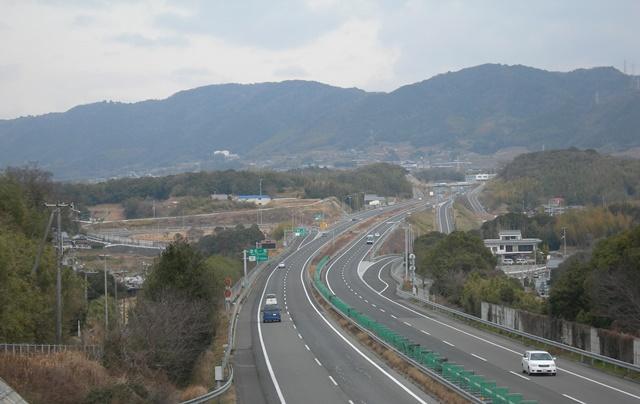 神戸淡路鳴門自動車道4.jpg